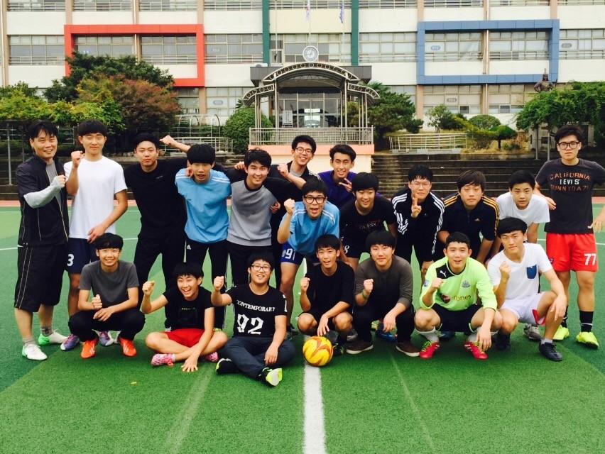 2015-축구시합(경화초등학교).JPG